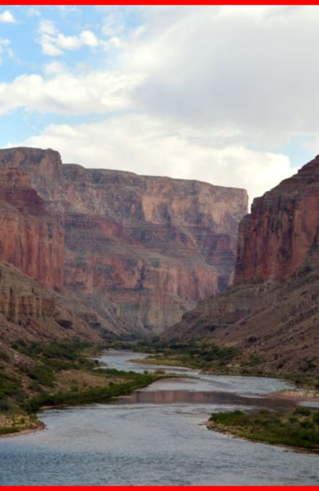 Tour Helicopter Crashes in Grand Canyon, Killing 3